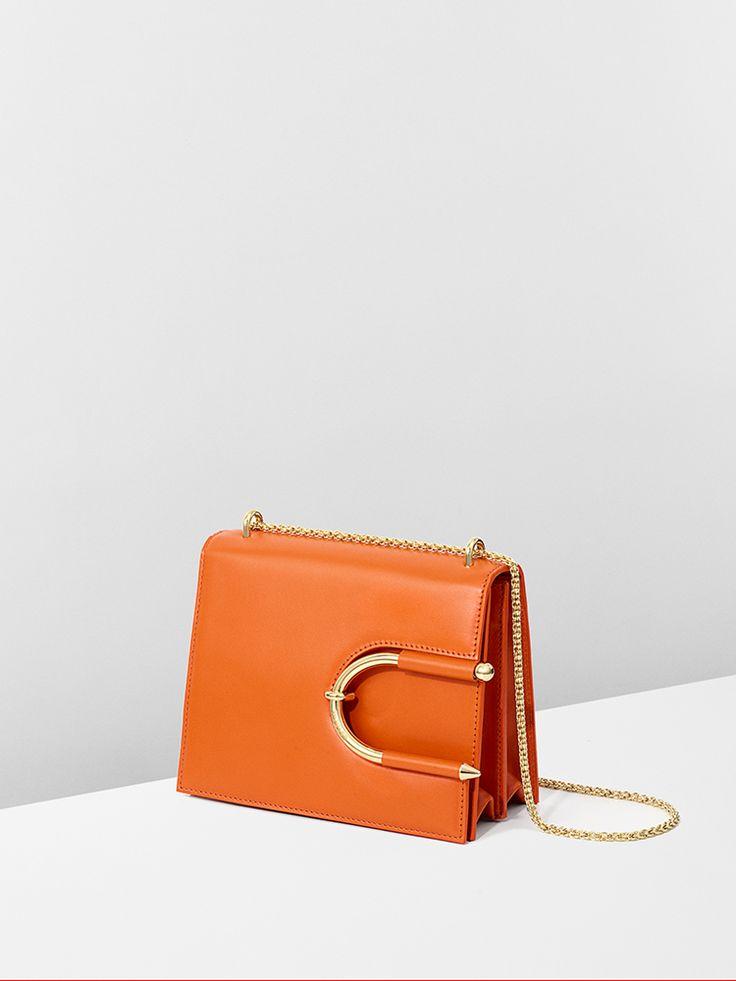 Orange calf leather and gold chain #ChokerBag for #MuglerFallWinter | Architect's Fashion