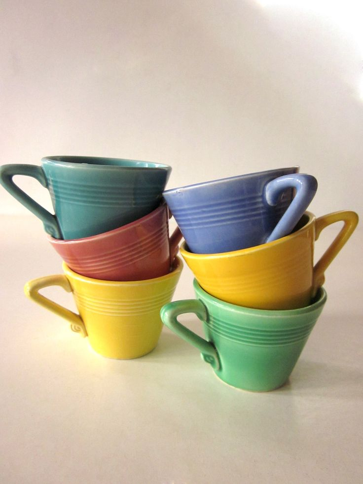Homer Laughlin Harlequin cups