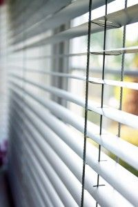 Cleaning Vinyl Blinds: How To Clean Vinyl Blinds | Housekeeping Here