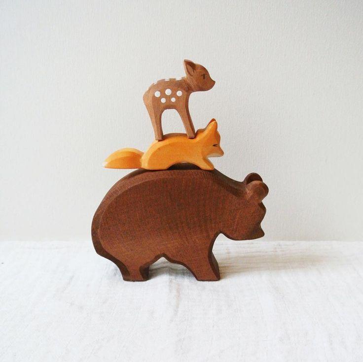 Ostheimer wooden toys: a big handmade wooden bear, handpainted fox and little deer. Picture by @lauraenjames