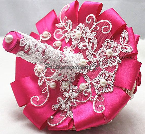 Handmade Flowers Red Roses Wedding Bouquet di PrettyencounterCC