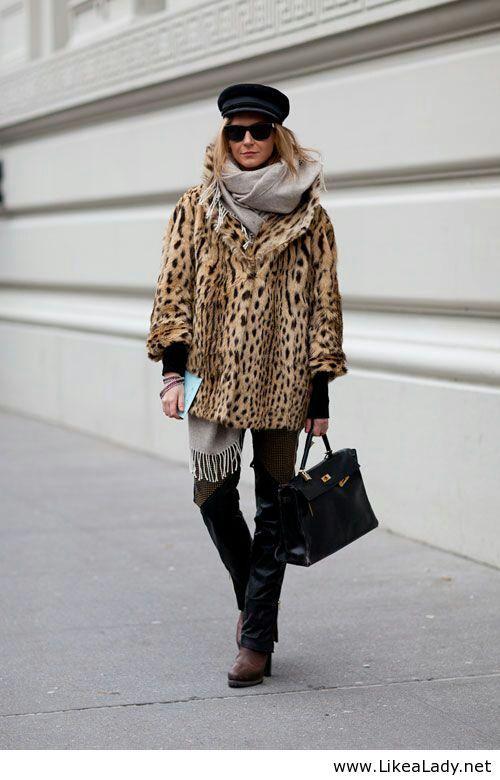 Fashion style - Leopard print coat
