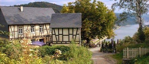 Das Günderodehaus. Das Gebäude wurde von Edgar Reitz als Kulisse für den TV-Film HEIMAT genutzt. Oberwesel in Rheinland-Pfalz