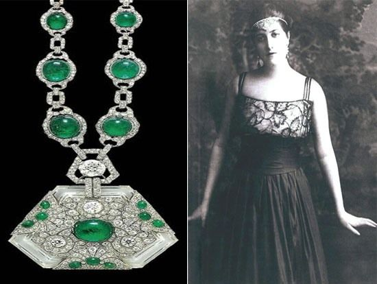 Most expensive jewelry of royal families - this stunning piece, belonging to the Princess of Kapurthala, is adorned with diamonds, emeralds, and rock crystal and is among the best jewels actioned at Christie's in London.  The necklace was previously an adornment for the Maharaja's favorite elephant and is valued up to 100,000 pounds.  #Art Deco Necklace