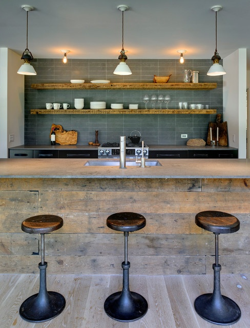 reclaimed wood looking bar, great blue tiles