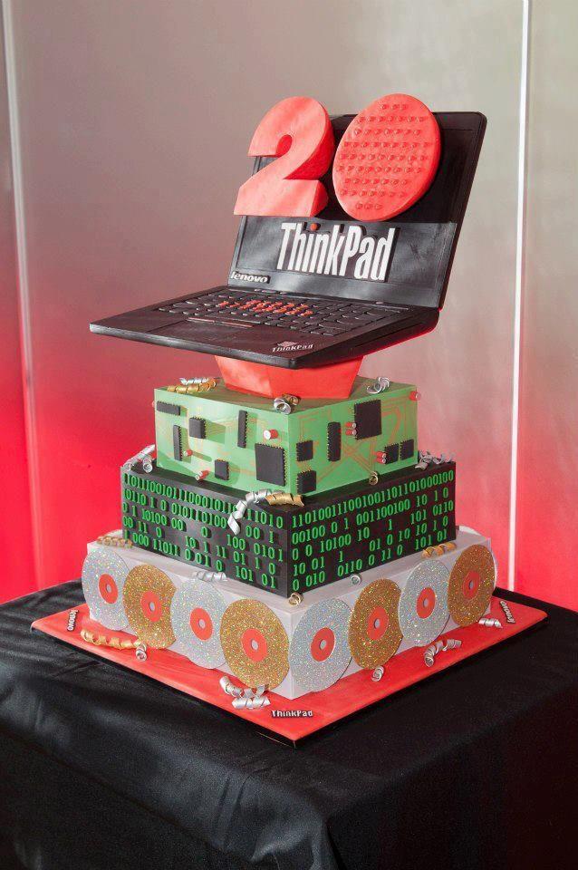 ThinkPad cumplió 20 años, A medida que la tecnología evoluciona, la ThinkPad ha superado la prueba del tiempo: su forma tipo caja de color negro, el track point rojo y la confiabilidad incomparable constituyen el sello de calidad de la ThinkPad.