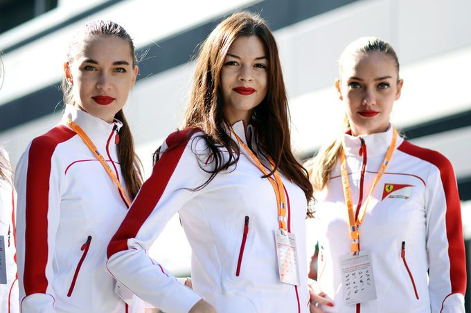 Grid Girls - GP Russland - Sochi - 2014