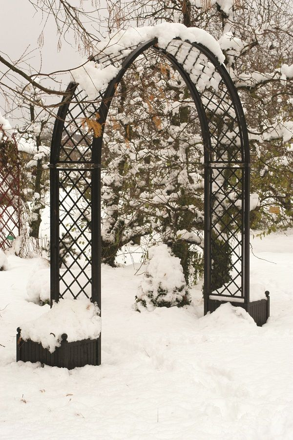 Our classic Roman Rose Arch 'Portofino' is renown for it's superior quality and elegant design, a synthesis of style and strength. Featuring simple lines and good proportions, forged and handcrafted, galvanized steel with black powder coating to create a Rose Arch of exceptional quality. www.classicgardenelements.ie