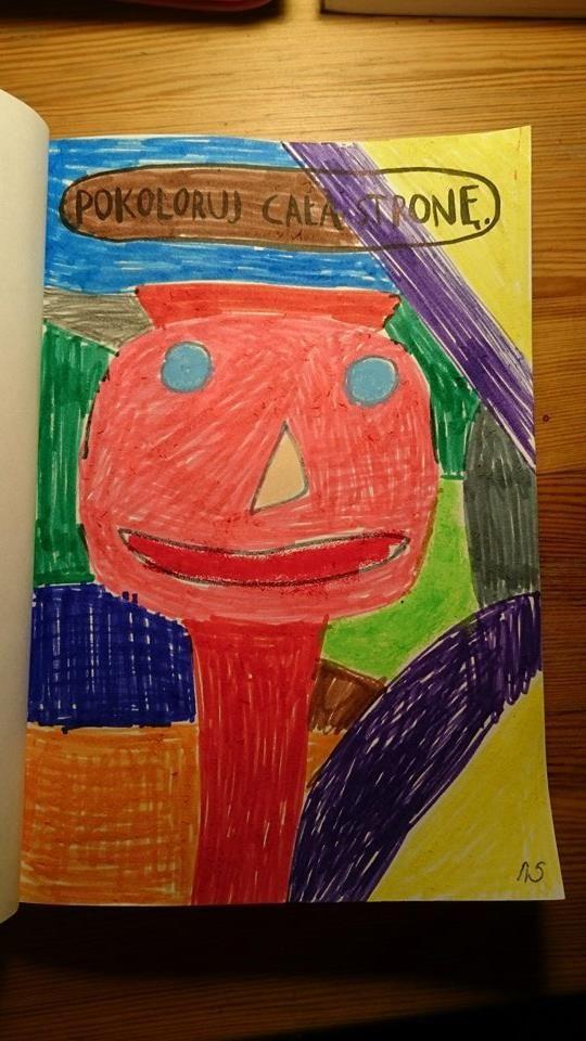 Podesłała Karolina Ryłek #zniszcztendziennikwszedzie #zniszcztendziennik #kerismith #wreckthisjournal #book #ksiazka #KreatywnaDestrukcja #DIY