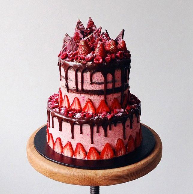 chocolate strawberry avant garde cake - katherine sabbath on coco cake land