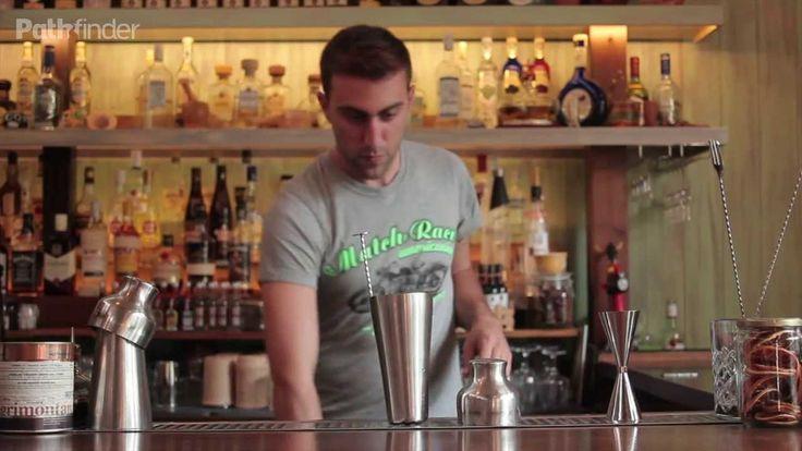 Πάμε Γλυφάδα και συναντάμε τον ταλαντούχο Στέλιο Παπαδόπουλος, πίσω από την μπάρα του Amigos. Μας ετοιμάζει ένα cocktail Yucatan Sour, με βάση -τι άλλο;-την τεκίλα Don Julio.