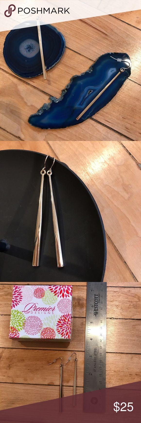 Gold stiletto earrings Beautiful gold stiletto earrings! Come with original Premier Designs box. Premier Designs Jewelry Earrings