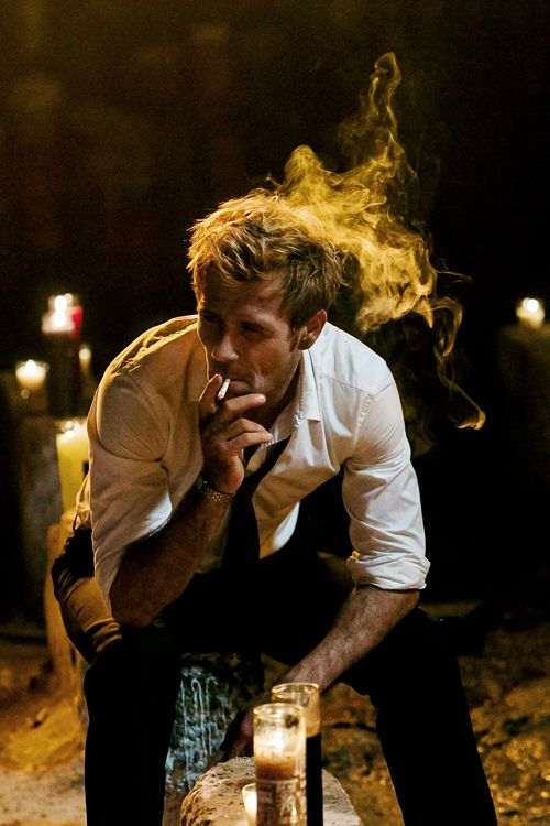 NBC said they didn't want Constantine to be a smoker, even though he's always been a smoker. You can see how well the Constantine crew chose to listen :) #SaveConstantine