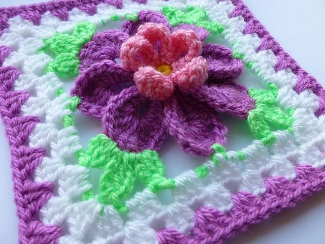Flower Granny Square Crochet Pattern | Flower in granny square pattern by Crochet- ... | Crochet - Squares a ...
