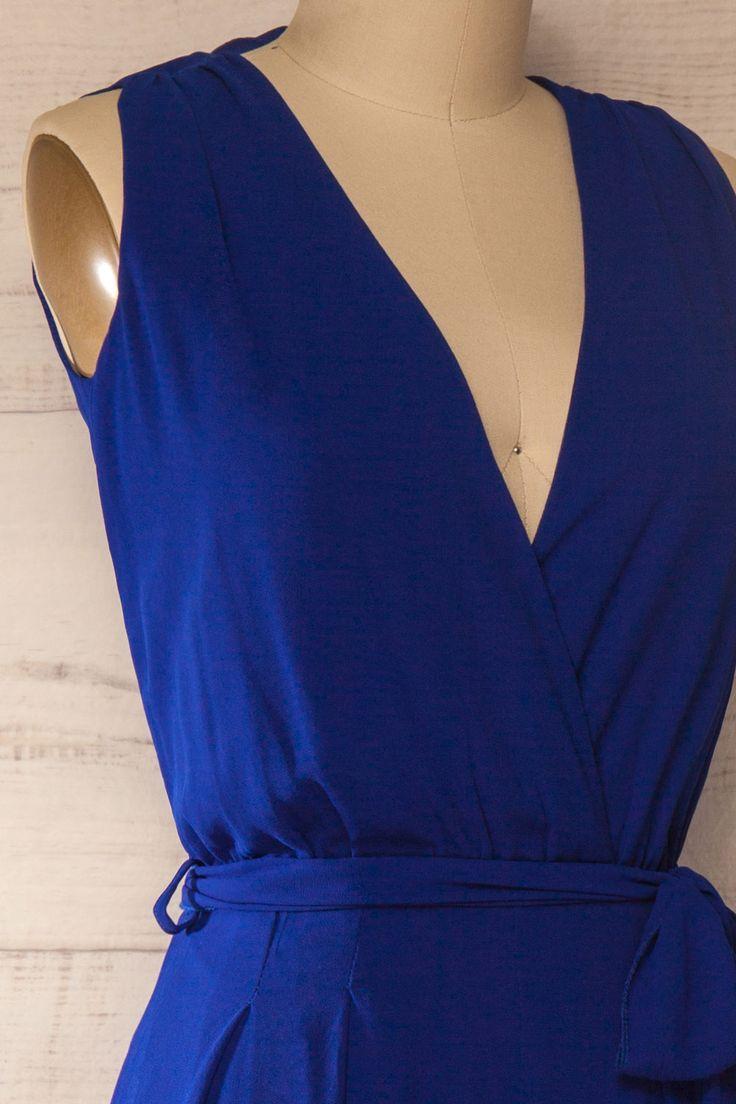 Une-pièce bleu col en v - Blue jumpsuit v-neck
