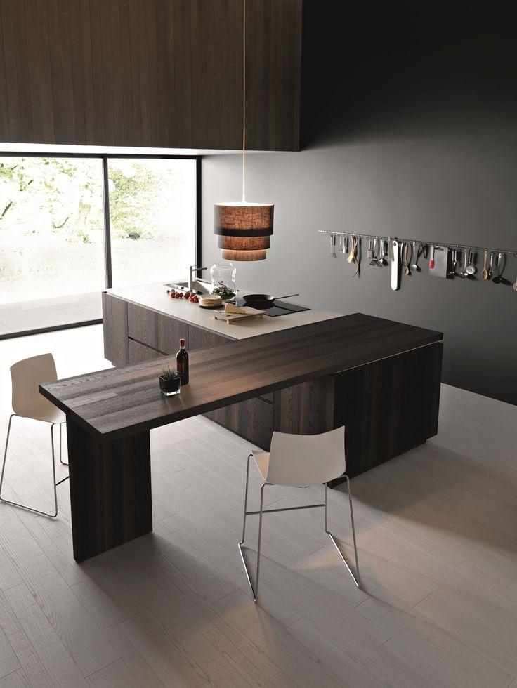 Cozinha de madeira com ilha ELLE - COMPOSITION 2 by Cesar Arredamenti design Gian Vittorio Plazzogna