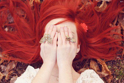 Blog Cout Style: Como pintar o cabelo de vermelho sangue