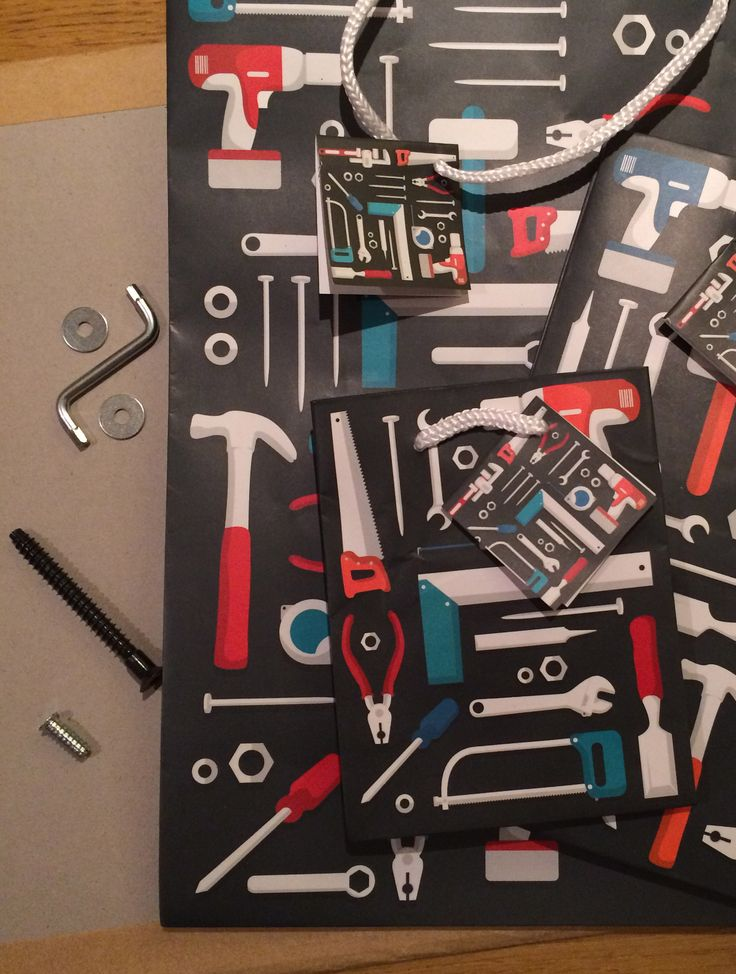 Sada dárkových tašek s motivem Nářadí, 3 velikosti #giftbag #builders #giftware #giftsforhim