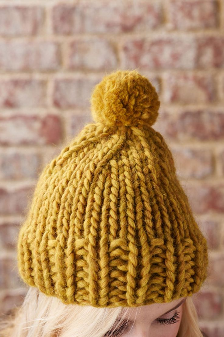 Pom Pom Beanie Knitting Pattern : 1000+ images about Breiwerk/Knitting projects on Pinterest Knitted baby, Dr...