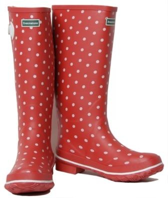red polka dot rain boots | Gommap Blog