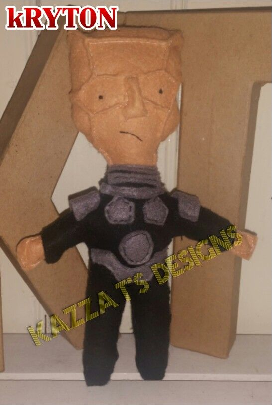 Kryton Red Dwarf handmade felt plush doll  #kazzatsdesigns #feltplushdolls #beingcreative #favecharacters #reddwarf