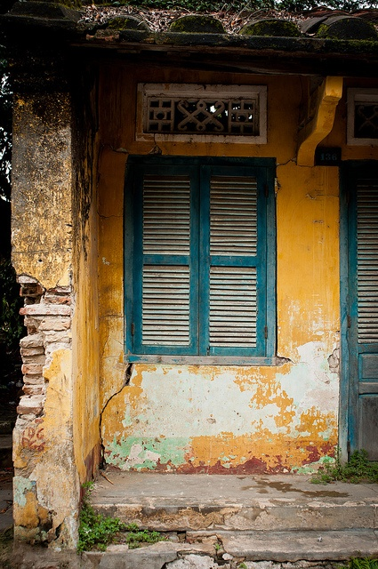One of the many old buildings in the Ancient Town portion of Hoi An, Viet Nam.