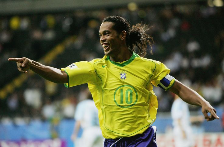 Ronaldinho Best Football   Goals,Dribbling,Skills,Assists (2002-2014) ᴴᴰ