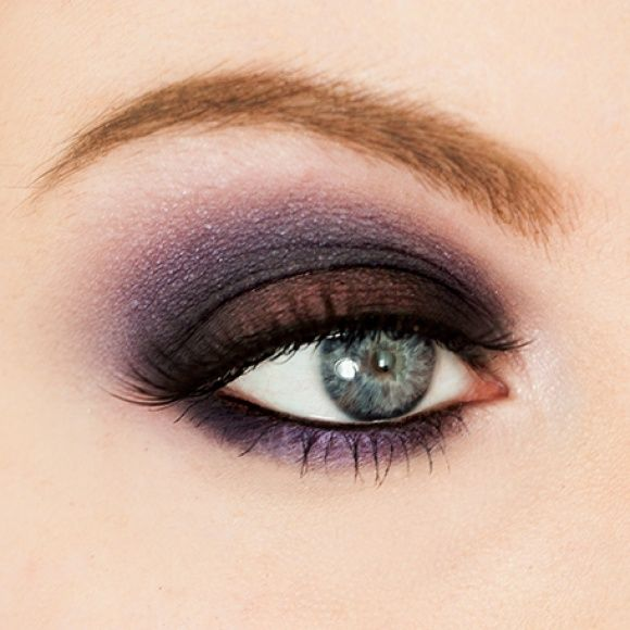 I created this dark smokey eye using the MAC Purple Times Nine palette.