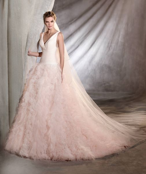 Vestidos de novia de color 2017: 27 diseños para ser diferente al resto Image: 24