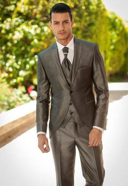 Lucciano Rivieri. BA suit