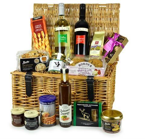 The Totterton Food Gift Hamper - Highland Fayre Artisan Hampers: Find out more at: http://scripts.affiliatefuture.com/AFClick.asp?affiliateID=327716&merchantID=4675&programmeID=12149&mediaID=0&tracking=&url= #Food Hampers #Food Baskets #Scottish Hampers