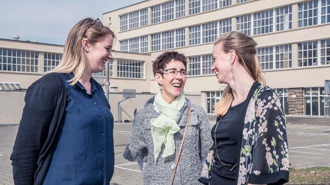"""Lisa, Bea en Sofie van COOVI Anderlecht over de voordelen van co-teachen: """"Je kan tijd maken voor je leerlingen. En alleen heb je veel meer aan je hoofd."""""""