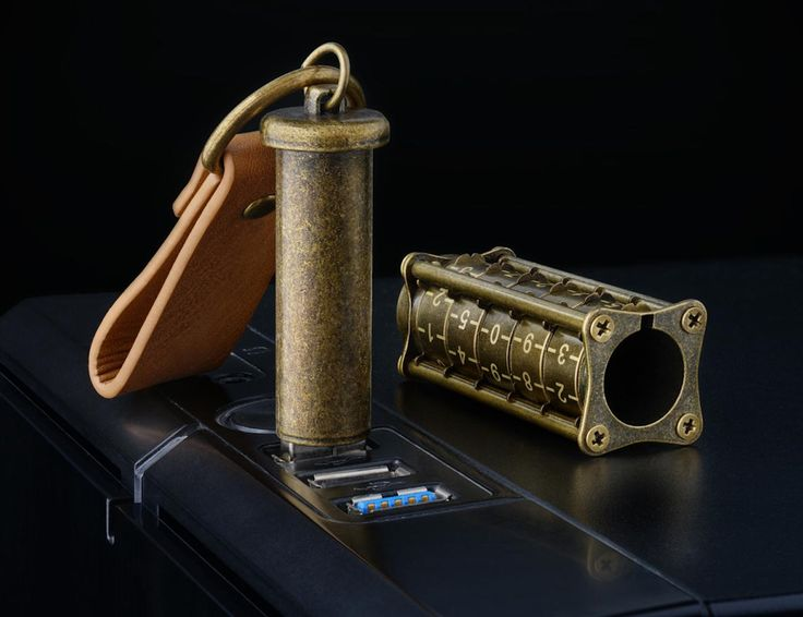 Cryptex Antique Gold 32GB USB flash drive presents a unique security ability for your digital information being securely locked in an unusual container that people used hundreds of years ago to keep secrets.