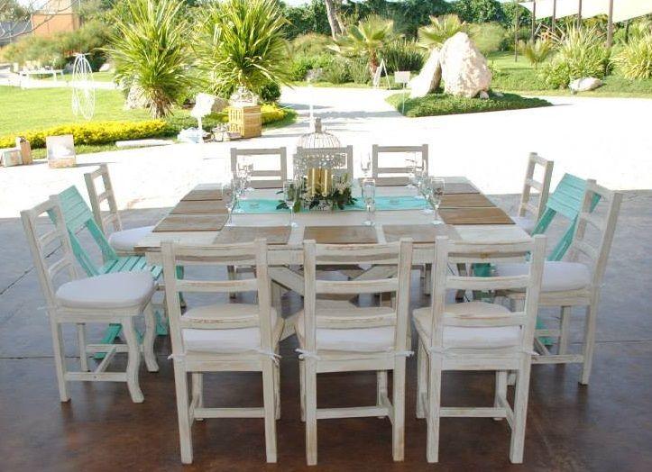 Mesas con silla ximena color azul y silla de madera color for Mesa y sillas blancas