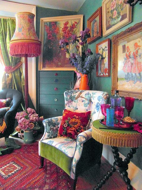 Unique statement interiors by Ho-Bo. House booty, via Flickr.  Another fun Bohemian Chic example.                                                                                                                                                                                 More