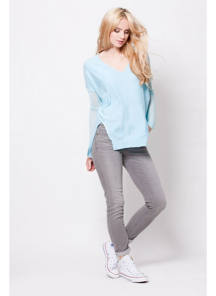 SWETER AŻUROWE RĘKAWY BABY BLUE PASTELOWY NIEBIESKI I SWEATER BABY BLUE I  MONASHE.PL - Sklep online z modną odzieżą. Bluzki, sukienki, torebki, obuwie, akcesoria.