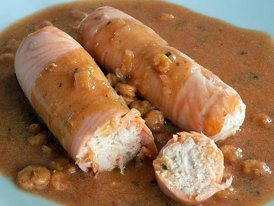 La meilleure recette de Ballotines de saumon! L'essayer, c'est l'adopter! 5.0/5 (3 votes), 3 Commentaires. Ingrédients: 1 blanc d'oeuf     4 carrés frais nature 0%     4 tranches de saumon fumé (120g)     1 gros pavé de saumon (250g)     poivre