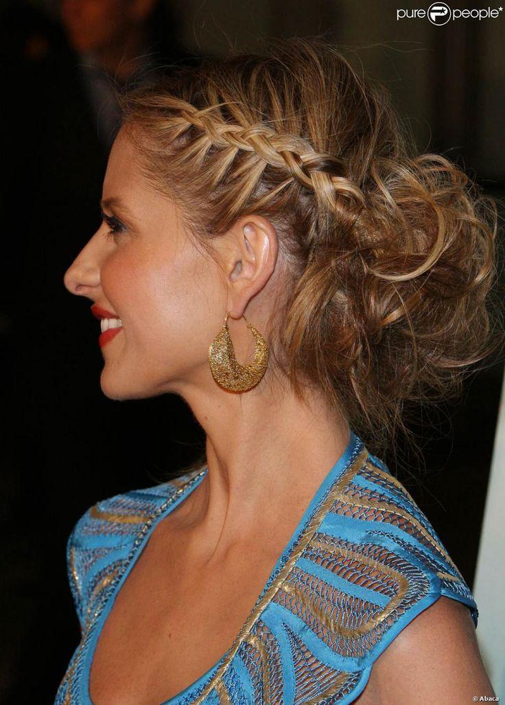 Sarah Michelle Gellar s'est magnifiquement fait tresser les cheveux... Le résultat est incroyable beau !