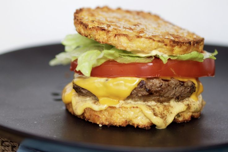 LCHF CauliClubhouse Burger ft. The Big Sexy Sauce
