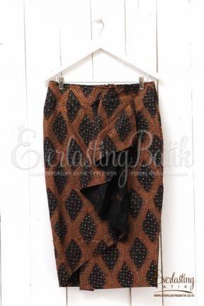 ME2204.4322 Gitasukma Sogan Skirt - XXXL