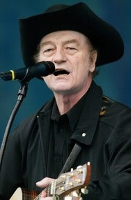 Stompin' Tom Connors, Canadian Singer, Dies at 77 - NYTimes.com