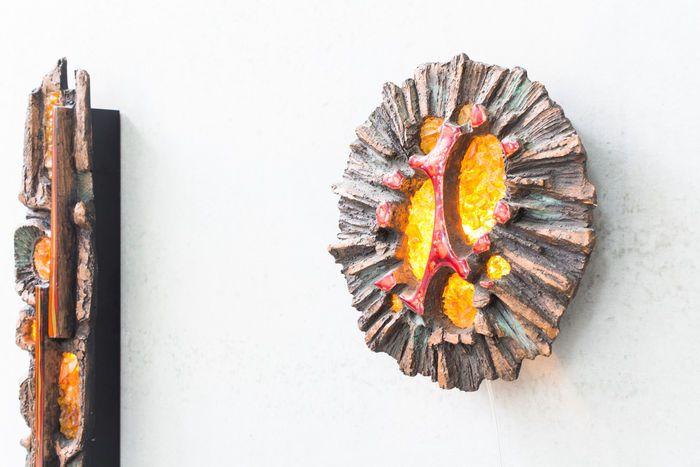 Ars. Munda - Set van 2 wandsculpturen met verlichting.