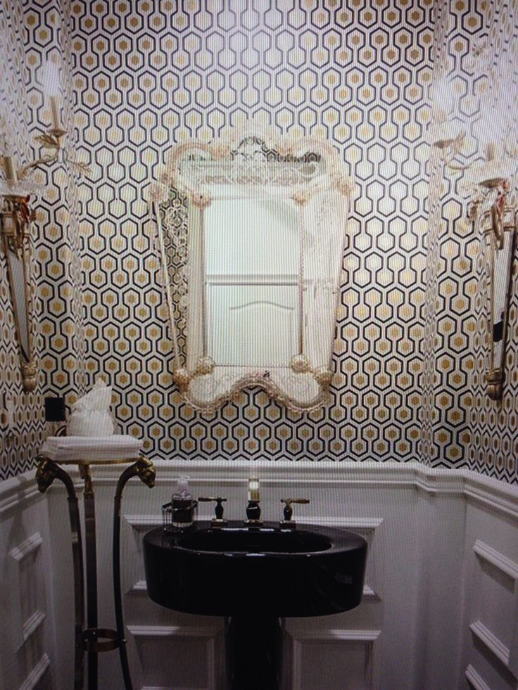 Powder Room Hicks Hexagon 953016 by walnut wallpaper