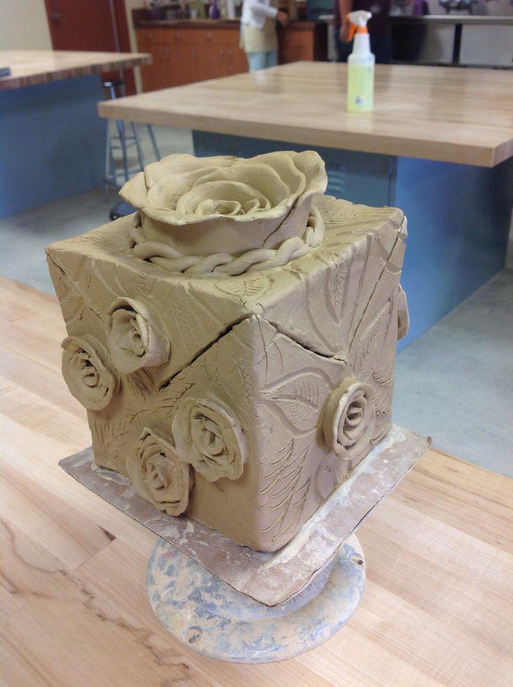 Stiff slab ceramic box by areli tovar ceramics for Cute pottery designs
