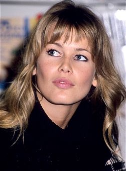 Claudia Schiffer during Claudia Schiffer Calender Signing - October 8, 1993 at Waldenbooks Store in New York City, United States.