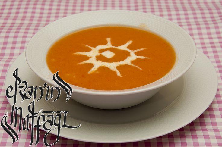 Kuskuslu Domates Çorbası