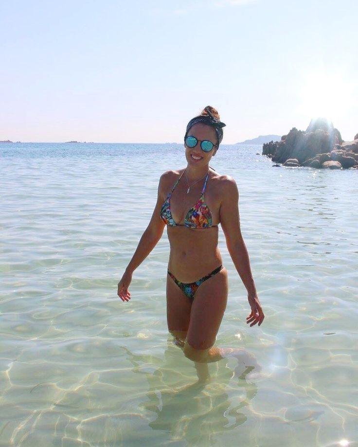 #sardenha#praia#bikini#rayban#fitness