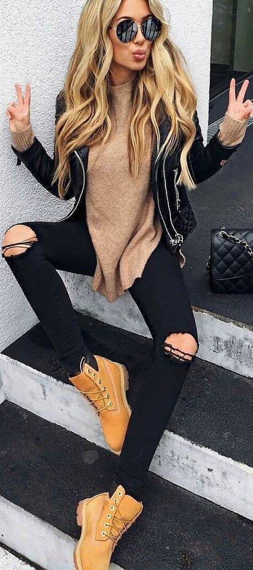 beige black outfit idea