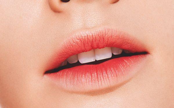 Nude ombré sur peau claire, fuchsia sur peau mate ou coquelicot sur une peau noire....Trouvez la couleur qui mettra votre bouche en vedette.