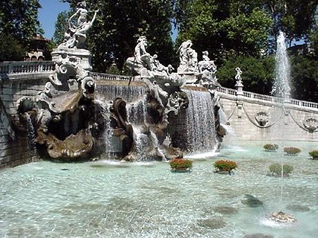 La fontana dei mesi, al parco del Valentino a Torino.